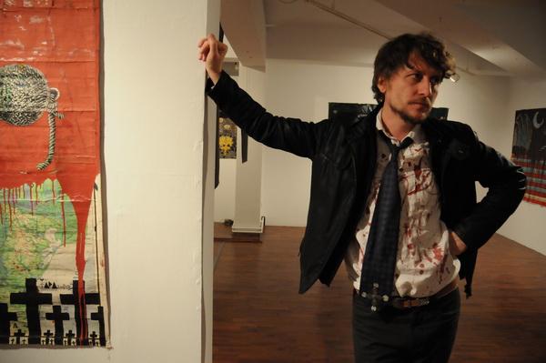 "Anaid Art Gallery prezintă ""A History in the Dark"" semnată TARA (von Neudorf)"