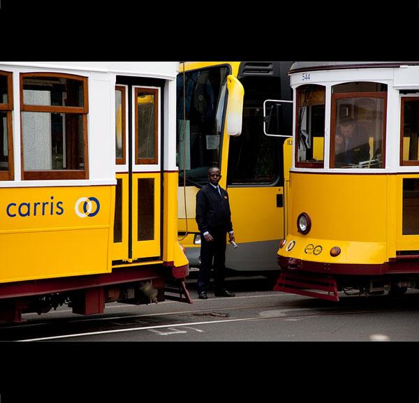 Lisabona văzută de fotografi români