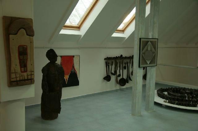 Formă şi dialog a Muzeul de Artă Comparată din Sîngeorz-Băi