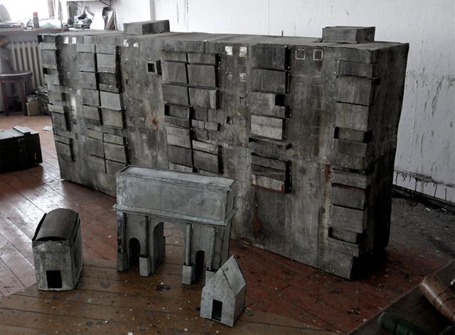 """Ion Grigorescu şi Bogdan Vlăduţă, """"War makes Museums"""" @ Galeria de artă contemporană RECYCLE NEST"""