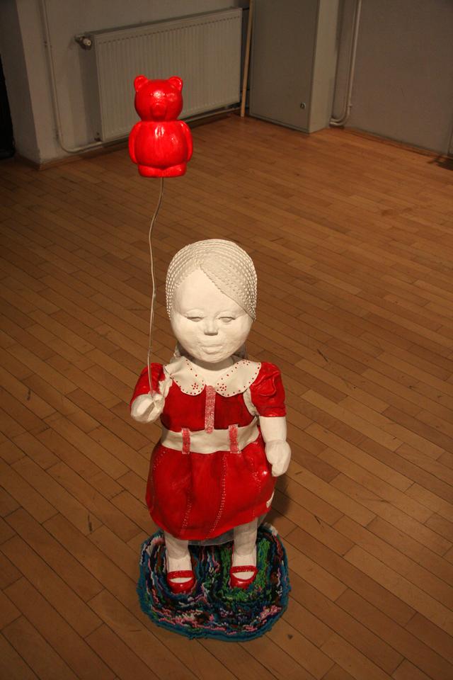 "Miruna Moraru, ""OPEN ME"" @ ATELIER 030202, imagini din expoziție"