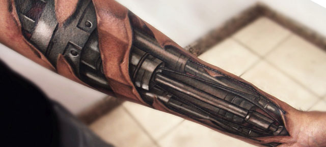 Frighteningly Realistic Tattoos by Yomico Moreno