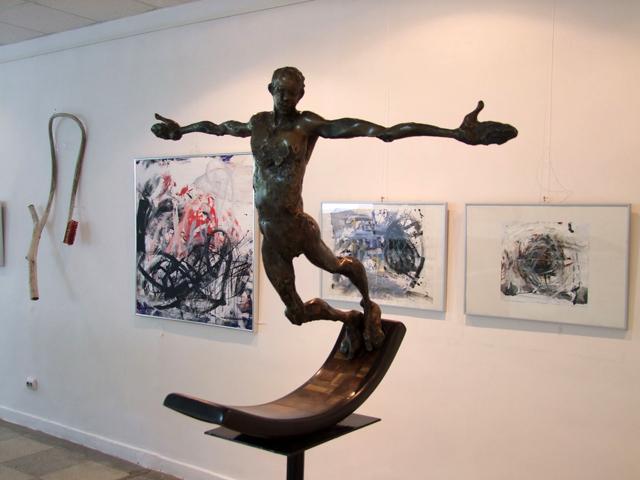 """Expoziţia """"Interferenţe"""" la Galeriile de Artă din Focșani"""