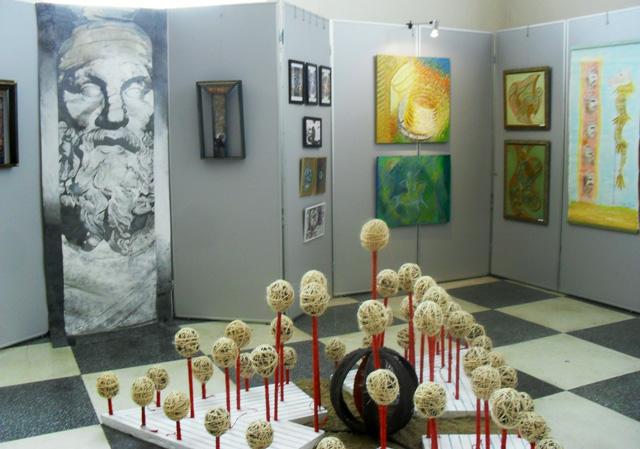 ISTORII RESCRISE expoziţie de artă plastică şi decorativă @ Muzeul Naţional de Istorie a României