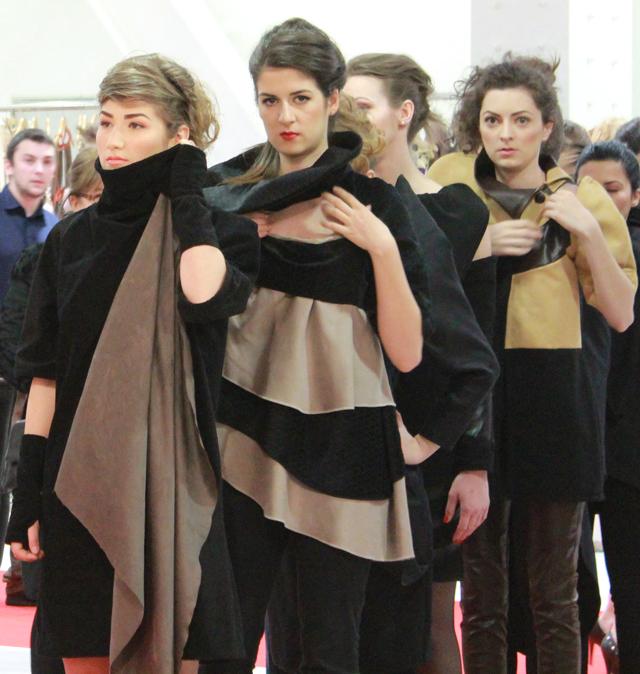 Viitori creatori de modă în spectacol la Goldart