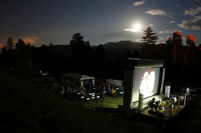 Festivalul de Film Istoric din Cetatea Râşnov ediția a patra @ European Institute of Cultural Routes și Asociaţia Mioritics