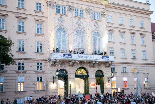 Două prezențe românești în luna august la Museumsquartier din Viena