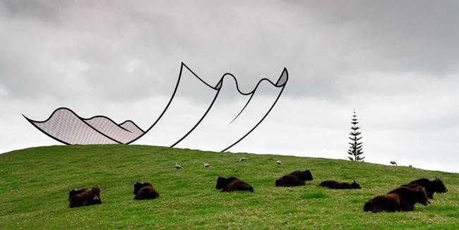 """Horizons"" by artist Neil Dawson"