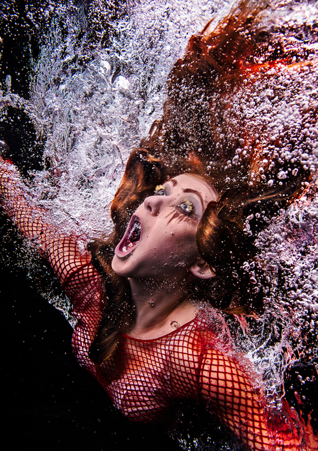 Underwater portraits of Shakespeare actors by Tim Tadder