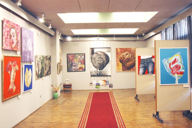 Lansare de carte și expoziție Dorel Topan @ Muzeul Judetean de Artă «Centrul Artistic Baia Mare»