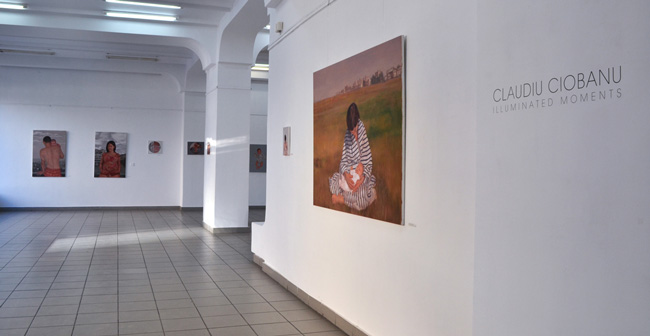 """Claudiu Ciobanu """"Illuminated Moments"""" @ Galeria de artă Cupola, Iaşi, galeria de imagini"""