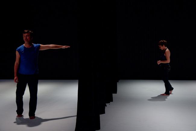 Premiera spectacolului HI BYE de Cosmin Manolescu și Gabriella Maiorino @ Teatrul L.S. Bulandra