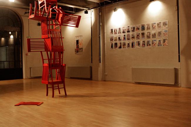 """Flavia Lupu """"Roșu Postindustrial"""" @ ATELIER 030202, galerie de imagini"""
