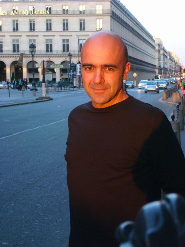 Regizorul Paul Cozighian ne va vorbi, la Conferințele TNB, despre Revoluția română