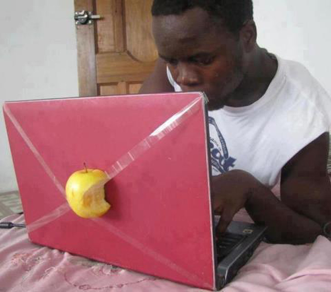 Ultimul model Apple :))