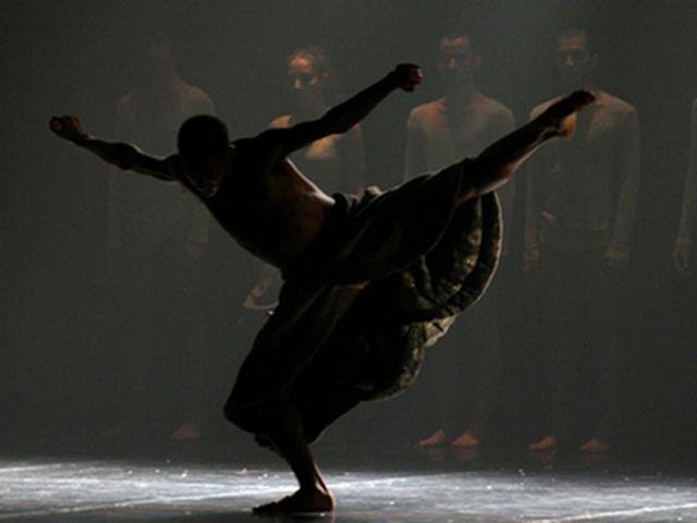 """Spectacol de dans teatru """"Dublu/Joc"""", sustinut de prim-balerini ai Operei Nationale si tineri actori @ Bulandra Bucuresti"""