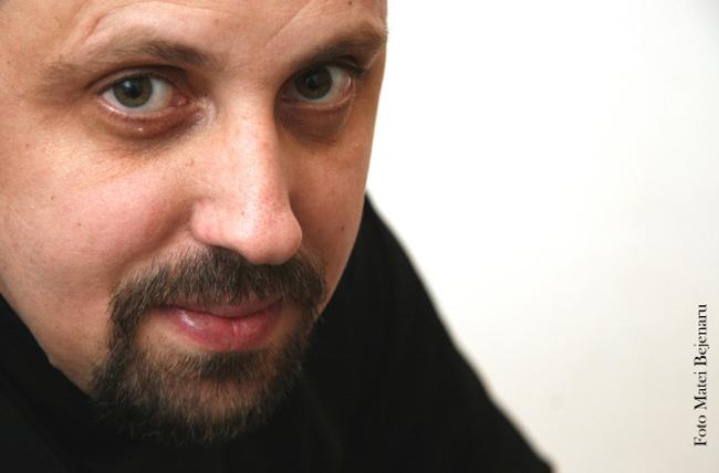 """Scriitorul Dan Lungu, cu… Nostalgia """"Babelor comuniste"""" și alți demoni, la Conferințele TNB"""