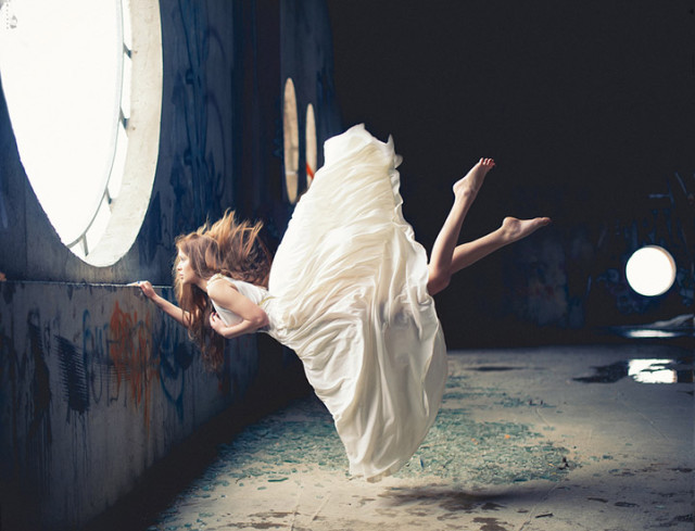 Zero Gravity, Surreal Photos of Women Floating in Mid-Air