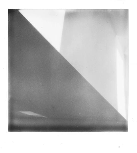 Geometrie în alb – negru