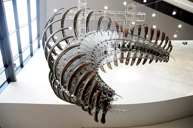 Kinetic Sculptures by U-Ram Choe