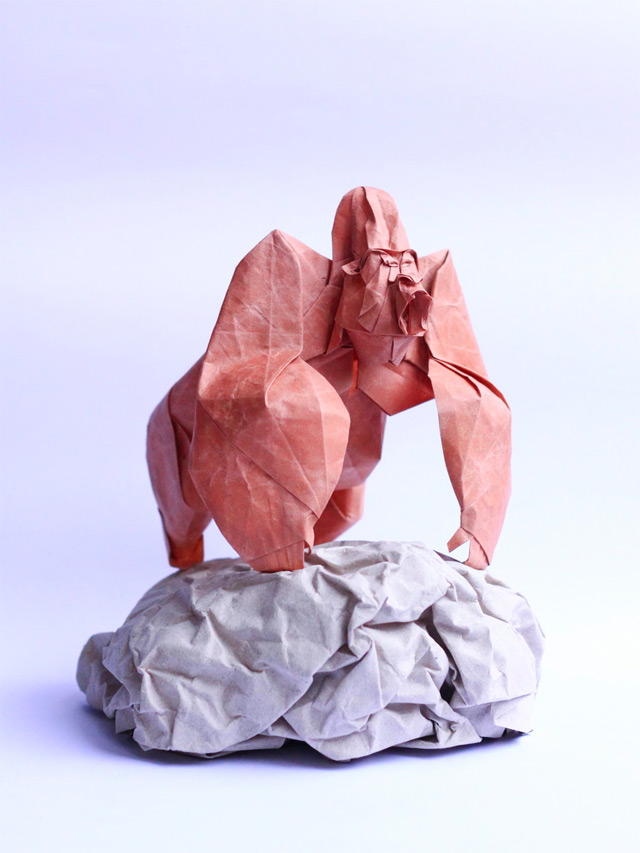 Origami in Handmade Paper by Nguyễn Hùng Cường