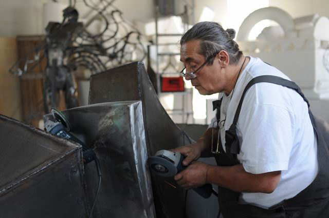 Bogdan Hojbota – sculptura in metal – work in progress