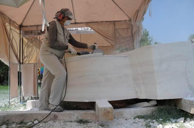 Resize of carmen tepsan - tabara sculptura mileniului 3 - parc titan LM_0012