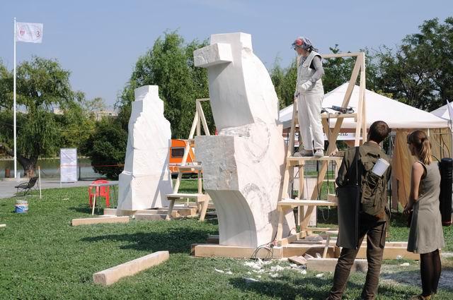 Resize of carmen tepsan - tabara sculptura mileniului 3 - parc titan LM_0146