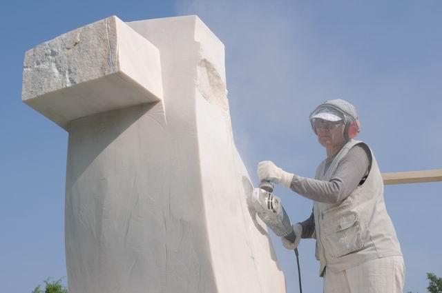 Resize of carmen tepsan - tabara sculptura mileniului 3 - parc titan LM_0160