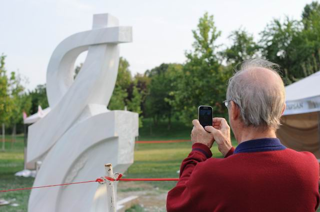 Resize of carmen tepsan - tabara sculptura mileniului 3 - parc titan LM_0220