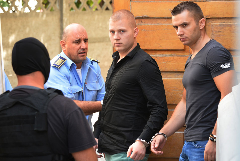 Romania court adjourns Dutch art heist trial; Suspect offers to return paintings