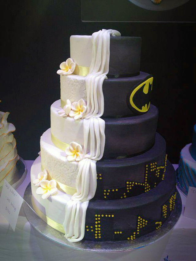 Split Cake Design is Half Batman-Themed, Half Ordinary Wedding Cake