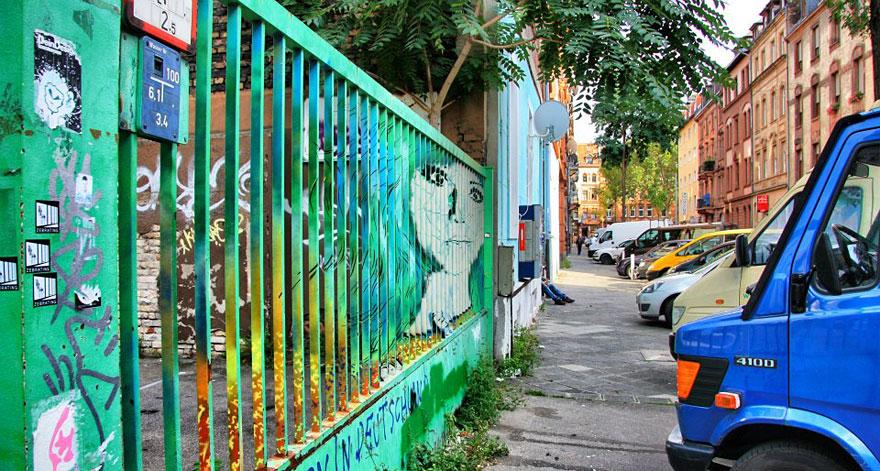hidden-german-street-art-zebrating-1