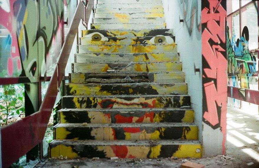hidden-german-street-art-zebrating-13