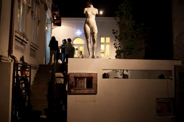The IONESCU Royal House @ Aiurart: A National Address