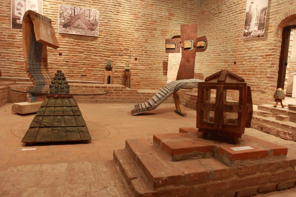 """Dinu Câmpeanu, """"Cuşma lui Câmpan"""" @ Galeria Cuhnia, Centrul Cultural Palatele Brâncoveneşti, imagini"""