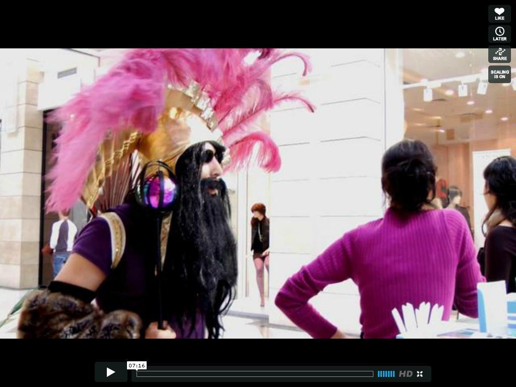 12. Farid FairuzÔÇô ÔÇťAFIFARIDÔÇŁ screenshot from video performance