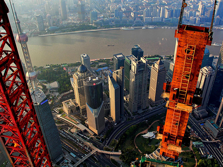 Crane Operator Takes Breathtaking Photos of Shanghai From 2,000 Feet High