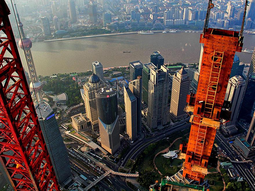 Crane Operator Takes Breathtaking Photos of Shanghai From 2,000 Feet High