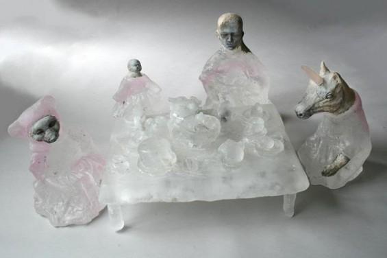 Christina-Bothwell-tiny-figures-565x376
