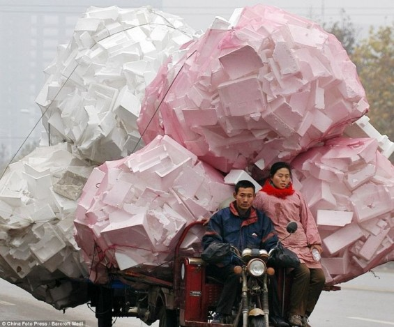 Wide Load- Incredible Photographs Of Overloaded Vehicles In China