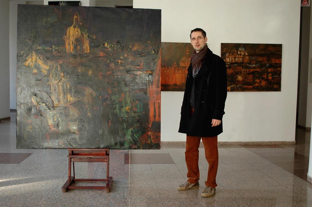 17Sorin Scurtulescu cu 3 picturi Romane.