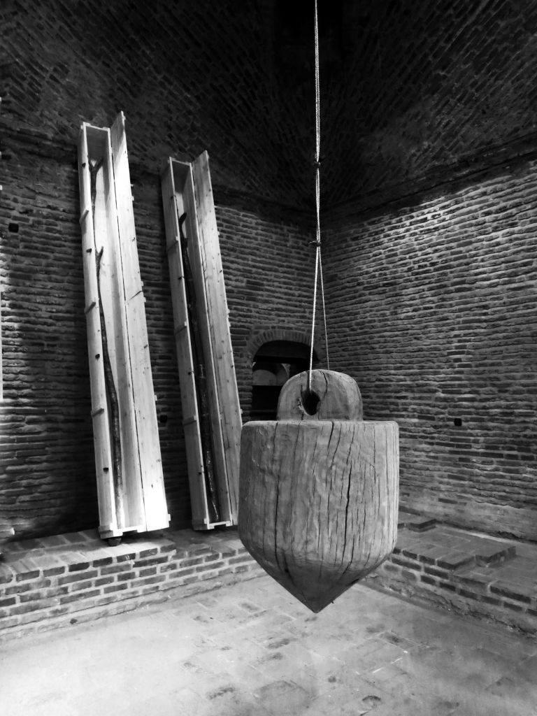"""Darie Dup, """"Axis Mundi"""" @ Centrul Cultural Palatele Brâncovenești, galerie de imagini"""