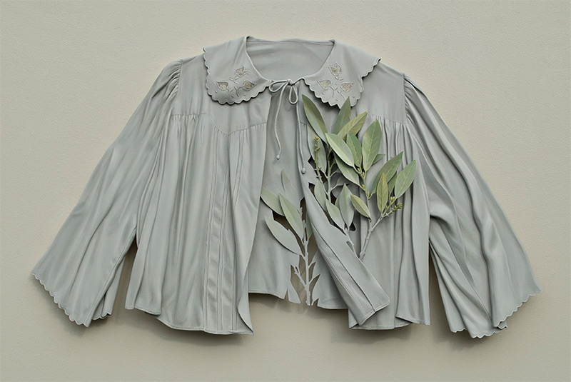 You Won't Believe That Ron Isaacs' Delicate-Looking Garments Are Made Entirely Out Of Wood