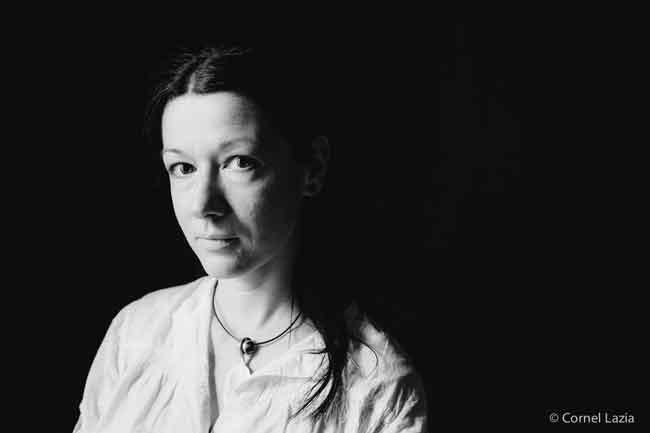 Ileana Oancea, sculptor la Portrete artiști din proiectul 11172014