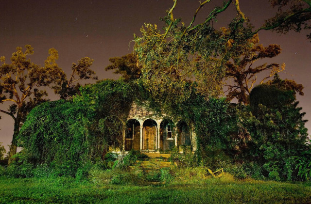 Long Exposure Night Photography of New Orleans That Captures the City's Architecture After Dark