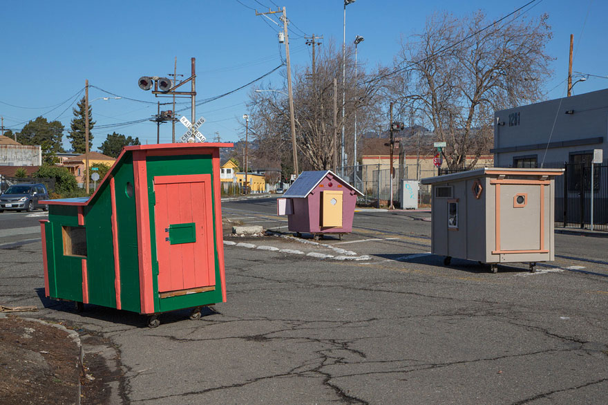 recycled-homeless-homes-project-gregory-kloehn-14