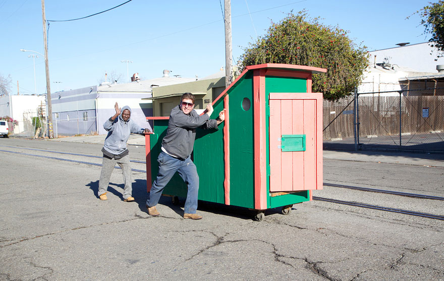 recycled-homeless-homes-project-gregory-kloehn-15