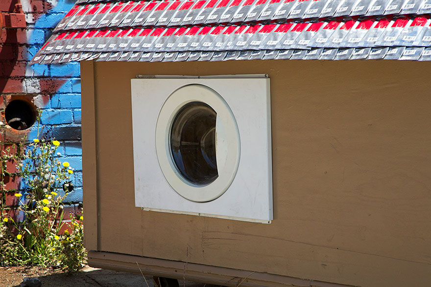 recycled-homeless-homes-project-gregory-kloehn-8