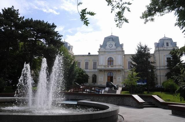 Muzee și colecții religioase. Tezaurul brâncovenesc și postbrâncovenesc de la Mănăstirile Hurezi și Brâncoveni